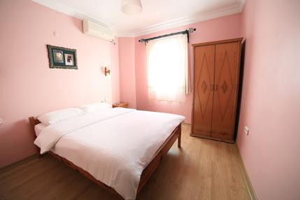 Standard-Double-Room-2