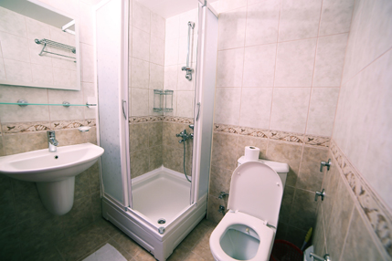 Standard-Double-Room-Bathroom