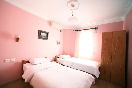 Standard-Twin-Room