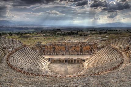 hierapolis-theatre